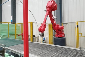 """<div class=""""bildtext_en"""">The new MyHome plant relies on Vollert's Iso-Matic 2.0, which enables the high-precision and fully automated preparation of insulation material in any desired geometric shape</div>"""