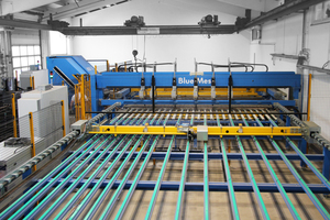"""<div class=""""bildtext_en"""">The new M-System BlueMesh mesh welding system enables flexible production of made-to-order reinforcing mesh</div>"""