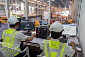 """<div class=""""bildtext"""">Entscheidend für eine maximale Anlagenproduktivität ist das Produktions-Leitsystem</div>"""