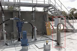 """<div class=""""bildtext"""">Installiertes OLAS-System mit einem Tauchmesskopf neben einem unterirdischen Restwasser-Behälter</div>"""