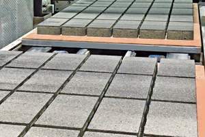 """<div class=""""bildtext_en"""">High-quality concrete products from Sela/Israel</div>"""