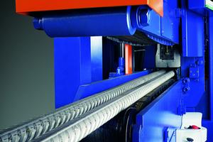 """<div class=""""bildtext_en"""">High-performance hydraulics driven cutter</div>"""