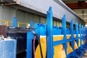 """<div class=""""bildtext_en"""">The company is manufacturing beams with an overall length of up to 63 m </div>"""