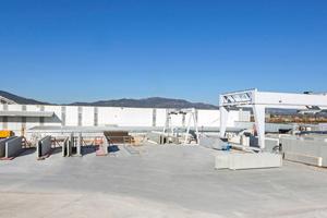 "<div class=""bildtext_en"">General view of the company premises of Hormipresa in Tarragona</div>"