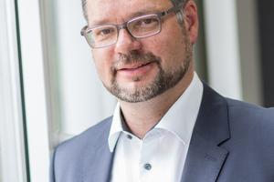 """<div class=""""bildtext"""">Dipl.-Ing. Christian Reckefuß folgt Klaus-Peter Krüger, der viele Jahre stellvertretender Vorsitzender der FDB war und ihr weiterhin als Vorstandsmitglied erhalten bleibt</div>"""