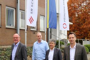 """<div class=""""bildtext_en"""">F.l.t.r.: J. Hülsiggensen and H. Schmidt (Site Management Porta Westfalica), B. Reif (MD Prinzing Pfeiffer), M. Dalbert (MD SR Schindler)</div>"""