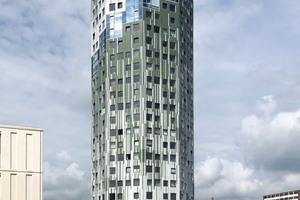 """<div class=""""bildtext_en"""">""""De Helix"""" high-rise, Groningen</div>"""