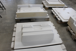 """<div class=""""bildtext_en"""">In-house mold-building using metal and plastics engineering is also one of Tenwinkel's core competences </div>"""