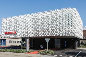 """<div class=""""bildtext_en"""">Project Raiffeisenbank in Oberriet, Switzerland</div>"""