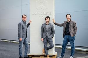 """<div class=""""bildtext"""">Die beiden Geschäftsführer Philipp Tomaselli (l.) und Markus Loacker (r.) sowie Bereichsleiter Michael Gabriel (m.) freuen sich über die erfolgreiche Pilotphase und den Markteintritt von Concrete 3D</div>"""
