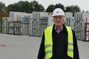 """<div class=""""bildtext_en"""">Ulrich Lütkenhaus, managing partner of B Lütkenhaus GmbH</div>"""