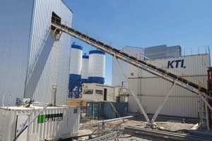 """<div class=""""bildtext_en"""">A KTI plate-ice plant with integrated cold-water generation on top of an ice storage</div>"""