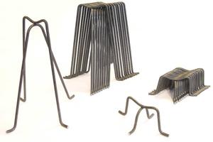 """<div class=""""bildtext_en"""">High chair spacers with bent legs</div>"""