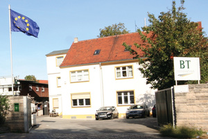 """<div class=""""bildtext_en"""">Company headquarters of B.T. innovation GmbH in September 1996 – the beginning of its growth story</div>"""