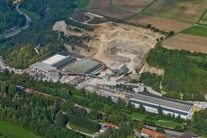 "<div class=""bildtext_en"">Schwörer Bausysteme GmbH is based in Haigerloch-Stetten/Germany</div>"