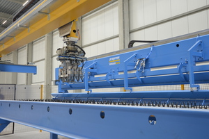 """<div class=""""bildtext_en"""">The Wire Center places reinforcement fully automatically and improves production output</div>"""