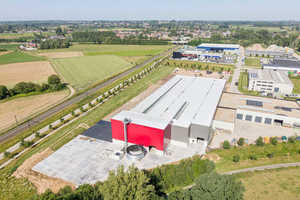 """<div class=""""bildtext_en"""">The new production facility in Aalst is fully operational and equipped with the latest technology</div>"""