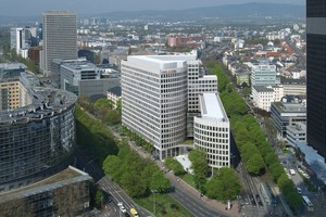 "<div class=""bildtext""><span class=""startmarkierung"">8</span><irspacing style=""letter-spacing: -0.005em;"">Fassadensanierung LEO-Haus Frankfurt (ING-DiBa) Hentschke Bau, Bautzen</irspacing></div>"