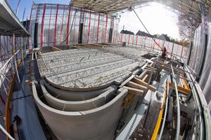 """<div class=""""bildtext_en"""">Precise prefabrication of the Syspro HVAC floor elements ensures maximum fit </div>"""