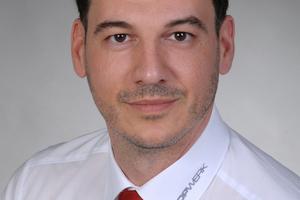 """<div class=""""bildtext_en"""">Dios Lappas, Head of Topwerk Asia</div>"""