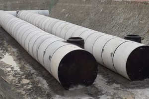 """<div class=""""bildtext_en"""">Fig. 3: Pipes and special parts for a storm tank</div>"""