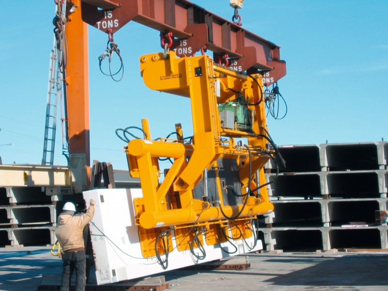 Panel Lifting Devices : Concrete plant precast technology