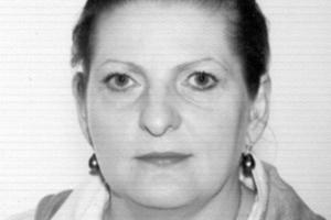 """<div class=""""bildtext"""">Petra Schweyer, geboren 1955 in Augsburg, 1975 Allgemeine Hochschulreife, Studium der Geisteswissenschaften mit Abschluss Magister Artium, 1994 bis 2004 Vertriebsleiterin bei einem Maschinenbauunternehmen für die Halbleiterindustrie, seit 2005 Vertriebsleiterin bei SR-Schindler</div>"""