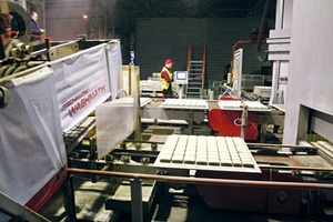 "<div class=""bildtext_en"">Before being delivered the machines and plants are thoroughly tested at the concrete block ""test facility"" of the neighboring company Jadar</div>"