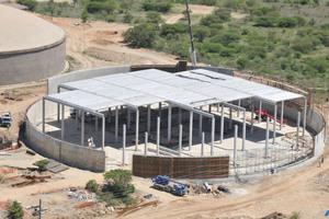 """<div class=""""bildunterschrift_en"""">Production of a water tank using hollowcore roofing</div>"""