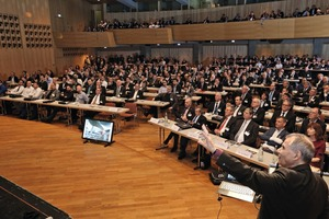 "<div class=""bildtext_en"">In 2016, on the occasion of the 60-year anniversary, more than 2,000 experts from the industry joined the BetonTage congress</div>"
