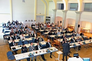 About 120 experts from trade, industry and science came to the Dyckerhoff Weiss cast stone conference 2015 held in Wiesbaden