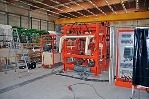 "<div class=""bildtext_en"">First look into the Q&amp;G Maschinenbau GmbH production halls</div>"