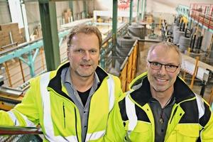 """<div class=""""bildtext"""">Werner Wößner, Bereichsleiter Betonfertigteile (links), und Wolfgang Hess, Werksleiter (rechts), sind mit dem Resultat der Modernisierungsmaßnahmen hochzufrieden</div>"""
