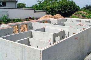 """<div class=""""bildunterschrift_en"""">Thermal wall elements also qualify for basement construction </div>"""