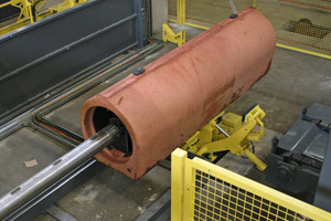 Der noch im Rohr befindliche innenliegende Stahlkern – mit einem ebenfalls neu entwickelten Spreizmechanismus versehen – wird nun automatisch ausgefahren<br />
