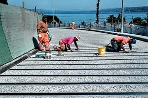 """<div class=""""bildtext"""">Bei der 120m langen Fährbücke am Zürichsee musste der Biegewiderstand erhöht werden, ohne die Aufbauhöhe zu verändern</div>"""