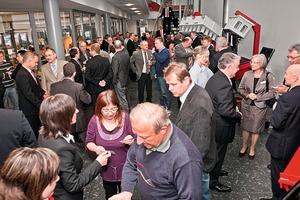 "<span class=""bildunterschrift_hervorgehoben"">Fig. 1</span> Many guests were welcomed to the 20th anniversary of Kobra Formen GmbH."
