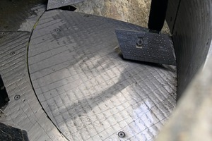 """<div class=""""bildtext_en"""">The mixing tools and linings show no visible signs of wear after the production of 55,000 cbm concrete</div>"""