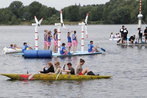 Beton schwimmt: Das zeigten zahlreiche Studierende auf der vergangenen Regatta in Magdeburg