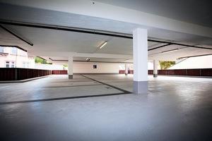 """<div class=""""bildtext"""">Nach der umfangreichen Instandsetzungmaßnahme erstrahlen Wände, Decken sowie Park- und Fahrflächen des Limburger Parkhauses in neuem Glanz</div>"""