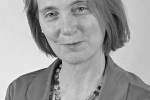 """Dir. und Prof. Dr. rer. nat. <br />Birgit Meng (Jg. 1959) studierte Mineralogie an der Universität Bonn und promovierte an der RWTH Aachen. Sie war wissenschaftliche Mitarbeiterin ab 1986 am Institut für Bauforschung der RWTH Aachen (ibac) in der Arbeitsgruppe """"Bindemittel und Beton"""" und seit 1998 am Forschungsinstitut der Zementindustrie (FIZ bzw. VDZ Düsseldorf) in der Abteilung """"Zementchemie"""". Seit 2001 ist sie Leiterin der Fachgruppe """"Baustoffe"""" in der Abteilung 7 """"Bauwerkssicherheit"""" der BAM. Ihre fachlichen Schwerpunkte liegen auf Zusammenhängen zwischen Dauerhaftigkeit, Reaktionsmechanismen und Gefüge von Baustoffen.<br /><span class=""""bildunterschrift_hervorgehoben"""">birgit.meng@bam.de</span><br />"""