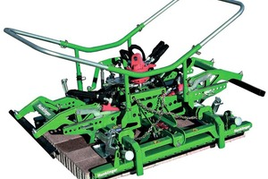 One of the new paver-laying clamp models to be presented at Bauma