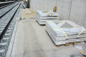 """<div class=""""bildtext_en"""">The entire slab system was prefabricated at the precast plant, complete with the specified surface texture, and delivered to the Erlangen job site just in time</div>"""