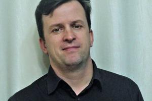 "<div class=""bildtext_en"">Igor Tonschev, Projektleiter Voronezhsky DSK</div>"