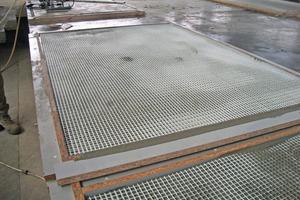 """<div class=""""bildtext_en"""">Textile reinforcement enables the production of very thin precast concrete components </div>"""