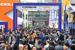 """<div class=""""Events Termintext Englisch"""">Internationale Messe für Baumaschinen, Baustoffmaschinen, Fahrzeuge und Ausrüstung.</div><div class=""""Events Termintext Englisch""""></div><div class=""""Events Termintext Englisch"""">↗ www.bauma-china.com</div>"""