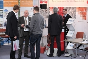Visitors receive information on latest product advancements in the supplier industry at the congress exhibition