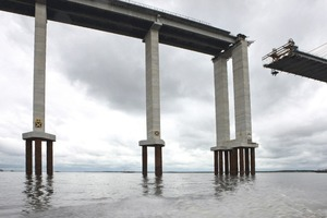 The Manaus – Iranduba bridge is supported by a total of 72 supporting columns