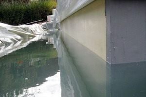 "<span class=""bildunterschrift_hervorgehoben"">Fig. 3 </span>Highest degree of protection achieved by optimally adjusted waterproofing components: SikaProof A and Tricoflex.<br />"