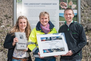 """<div class=""""bildtext"""">In Vertretung der HeidelbergCement AG und der Heidelberger Sand und Kies GmbH nahmen Tina Gölzer, Birgit Michel und Kevin Ballon den Preis (v.l.n.r.) entgegen</div>"""